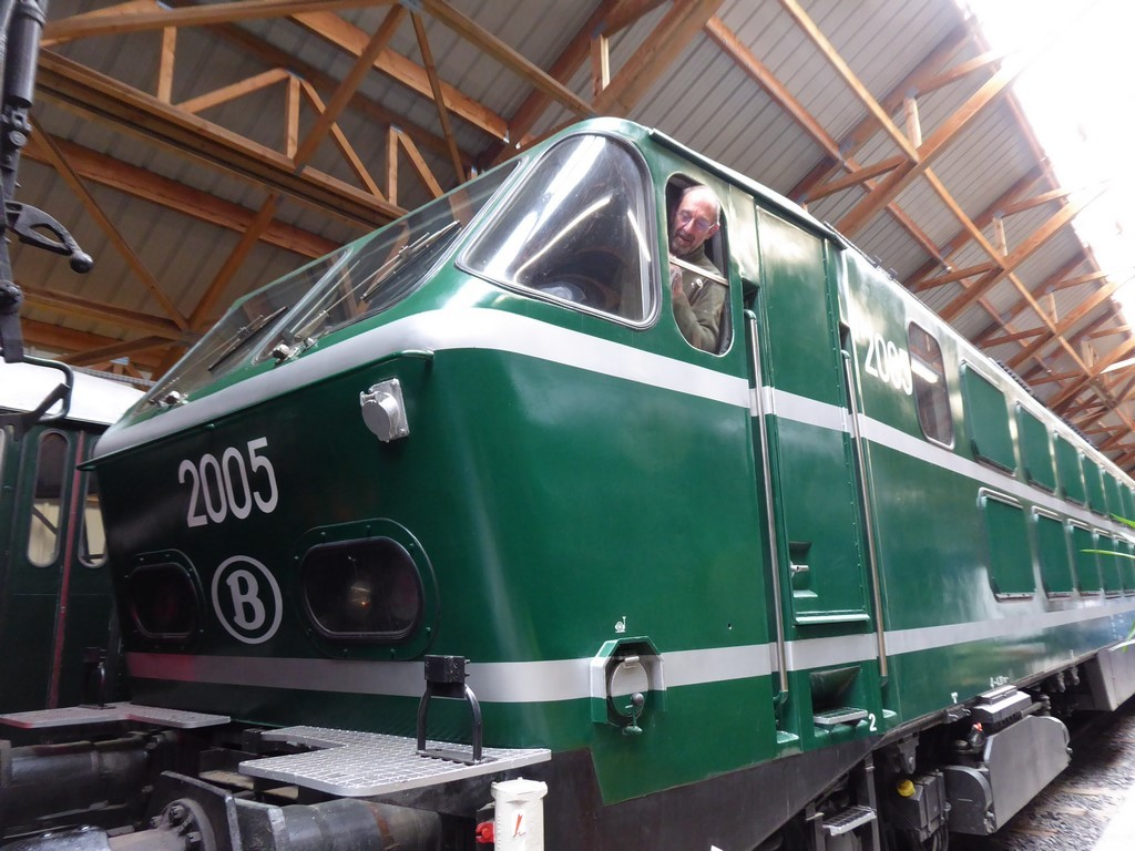 Trains (5)